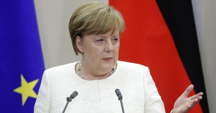 Angela Merkel durante la conferenza stampa dopo l'incontro di giovedì con Vladimir Putin